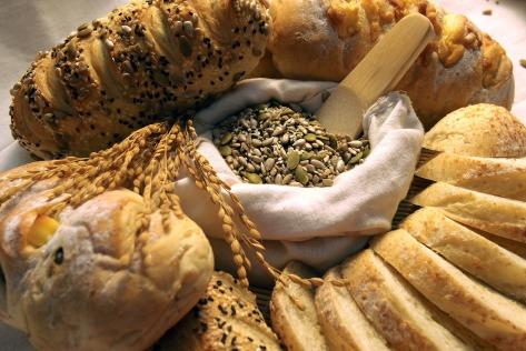 bread-587597_1920